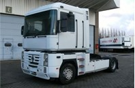 Renault Trucks Magnum
